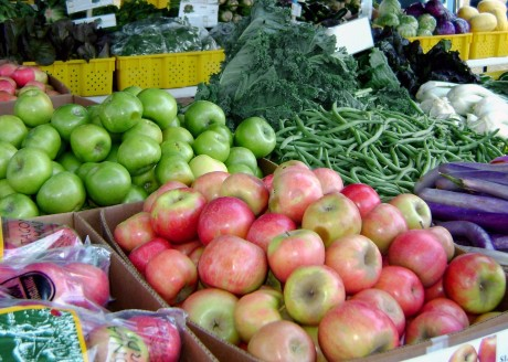 Check out some of the farmers markets North Central Phoenix has to offer.